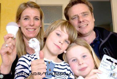 Familie Straatmann stellt sich der Energie-Wette, Fr., 30.5., 21.15, NDR-Fernsehen © NDR/Tim Boehme