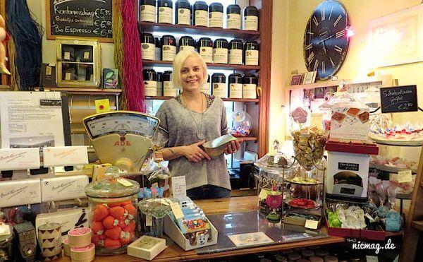 Rebecca Wulf im Eimsbüttler Teekontor