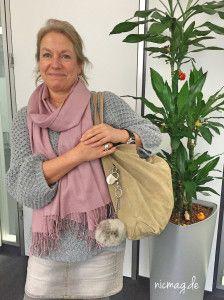 Petra und ihre Tasche