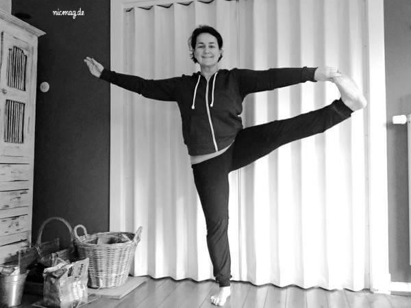 yogastandhaltung