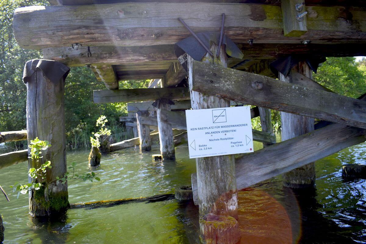 Unter der Brücke am Pagelsee
