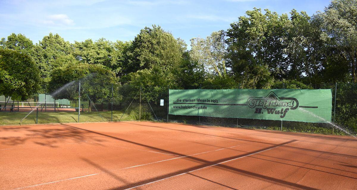 Idyllisch: Der Tennisplatz des SSC Hagen Ahrensburg