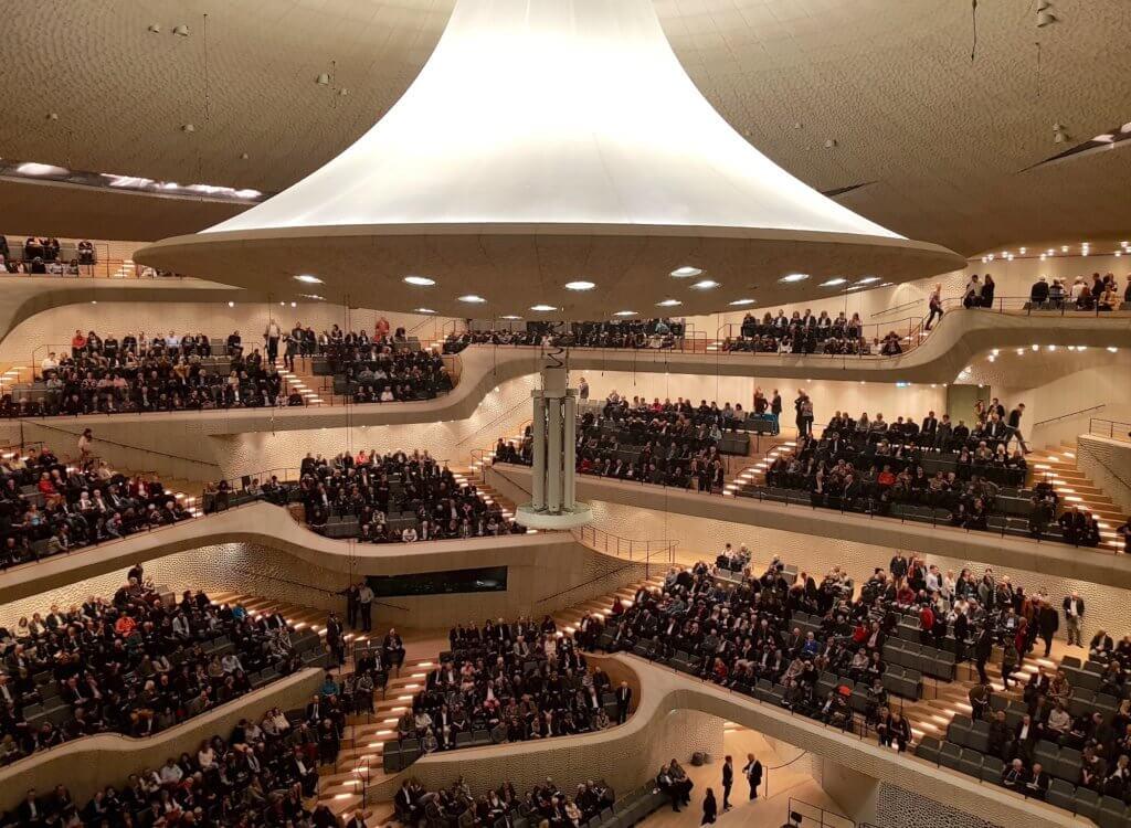 Großer Saal der Elbphilharmonie in Hamburg – Foto: Nicole Stroschein