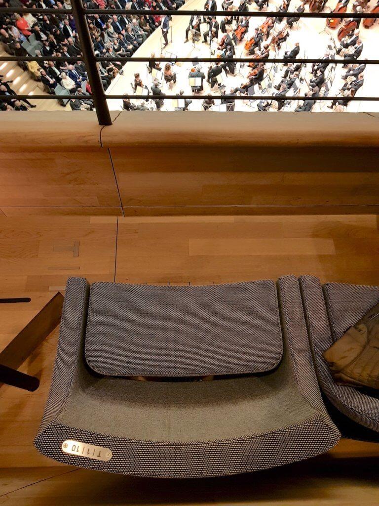 Bestuhlung in der Elbphilharmonie – Foto: Nicole Stroschein