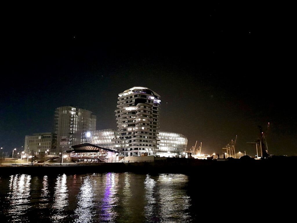Hamburg Hafencity Marco Polo Tower Unilever Haus Elbphilharmonie