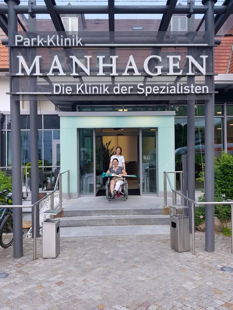 Entlassung aus der Park Klinik Manhagen in Großhansdorf –Foto: Guido Theinert