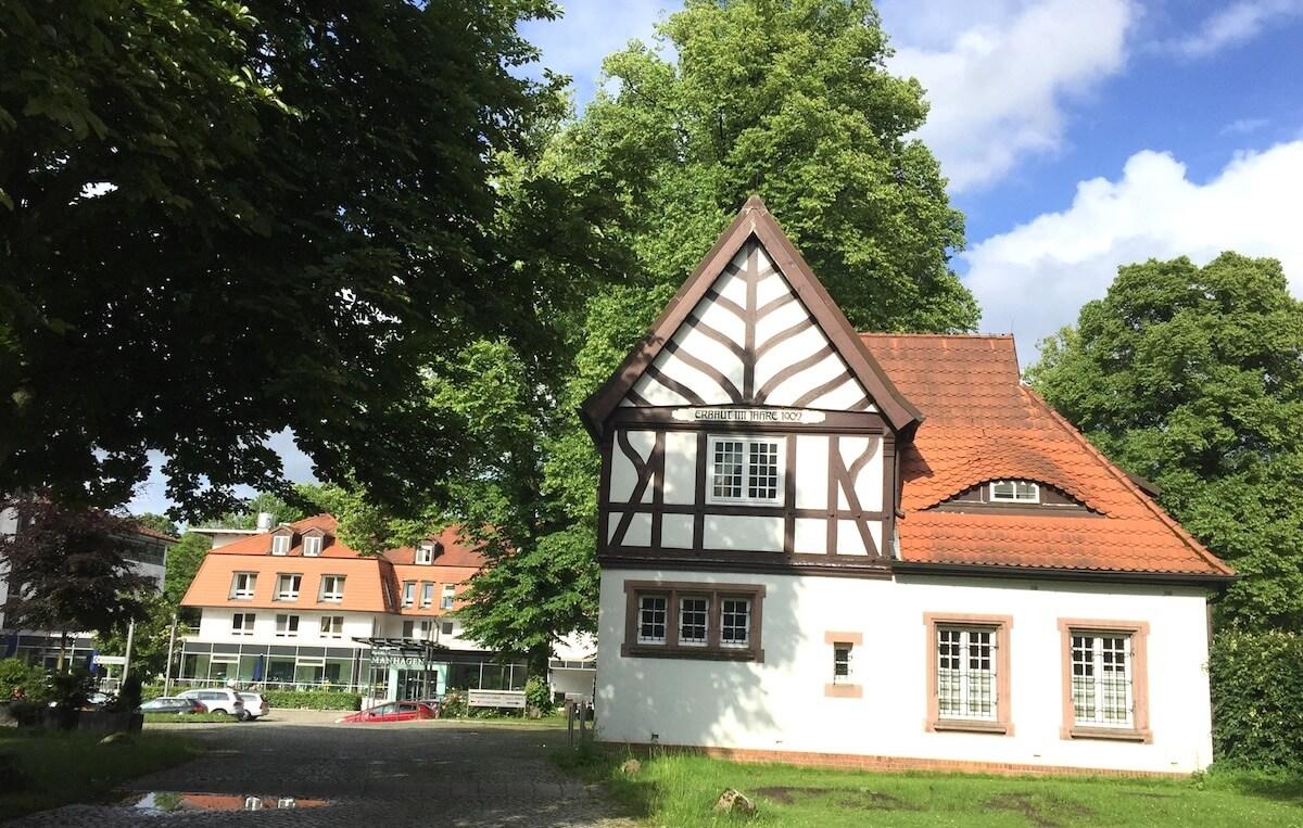 Die Park-Klinik Manhagen in Großhansdorf – Foto: Nicole Stroschein