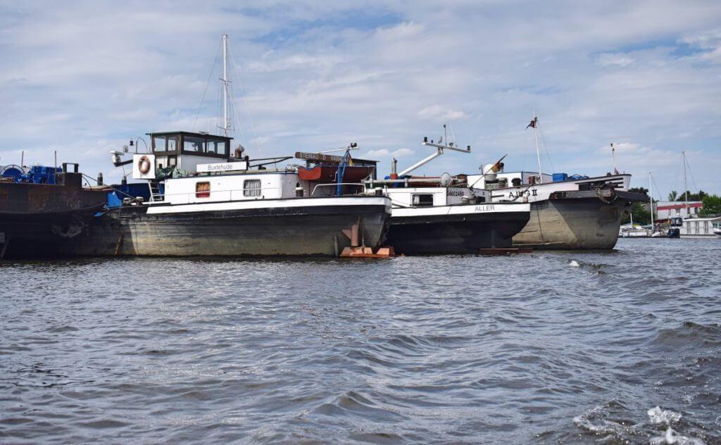Harburg vom Wasser aus – Rundfahrt beim Binnenhafenfest – Foto: Nicole Stroschein